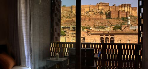 The view from Raas up to Mehrangarh Fort